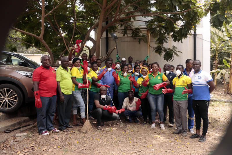 Zoomlion supports GBC to clean parts of Kanda